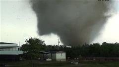 Des tornades en Oklahoma font au moins 2 morts.