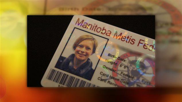 Une carte de citoyenneté Métis.