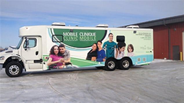 Une des trois cliniques mobiles de Santé Manitoba