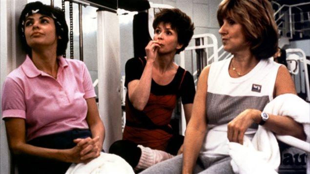 Louise Portal, Dorothée Berryman et Dominique Michel dans une scène tirée du film Le déclin de l'empire américain