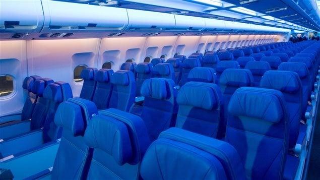 L'intérieur d'un avion d'Air Transat