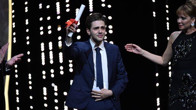 Xavier Dolan reçoit le Grand prix du Festival de Cannes 2016