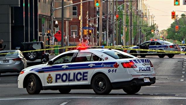 Une voiture de la police d'Ottawa