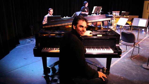 Javier Asencio, pianista, compositor y orquestador.