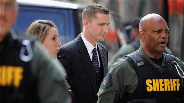 Edward Nero à son arrivée au tribunal