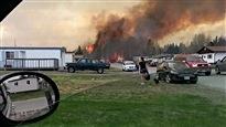 Évacuations et feu de forêt maîtrisé en Ontario