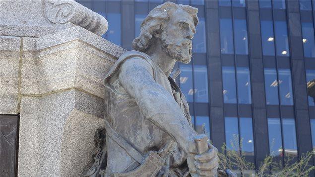 Statue de Charles Le Moyne de Longueuil et de Châteauguay