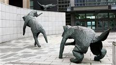 Le quatuor d'airain, oeuvre de Lucienne Cornet, située au Centre des congrès de Québec.