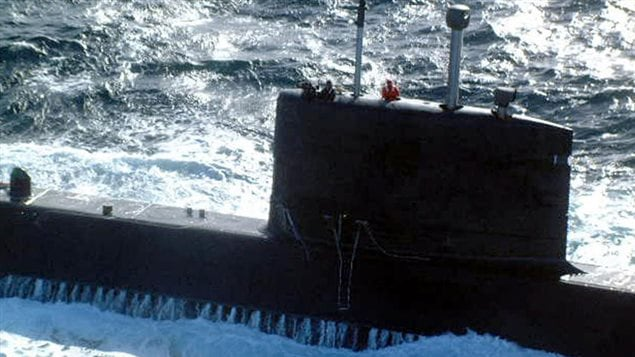 إحدى الغواصات الأربع شيكوتيمي التي يعتزم الجيش الكندي صيانتها