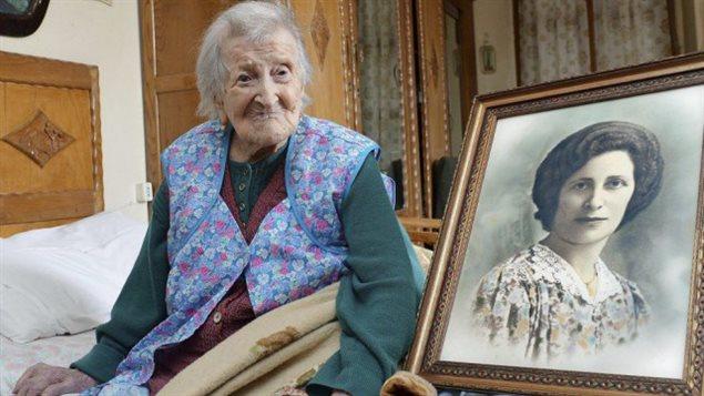 Emma Morano, née le 29 novembre 1899 serait la dernière personne connue au monde qui soit née au XIXe siècle. Elle a 116 ans!