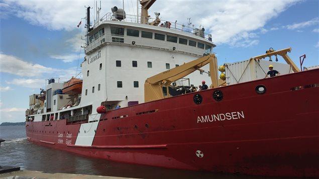 Le brise-glace Amundsen