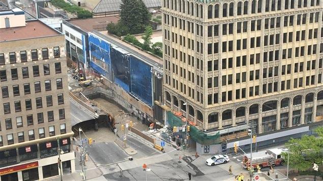 L'affaissement s'est produit non loin d'un chantier de construction au Centre Rideau.