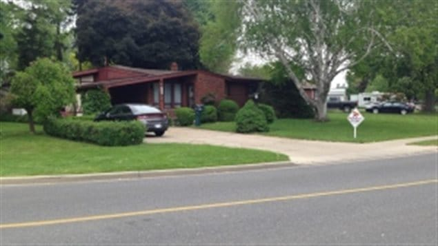This house in Windsor Ontario sold for $20,000 more than the asking price and in the first day it was listed.