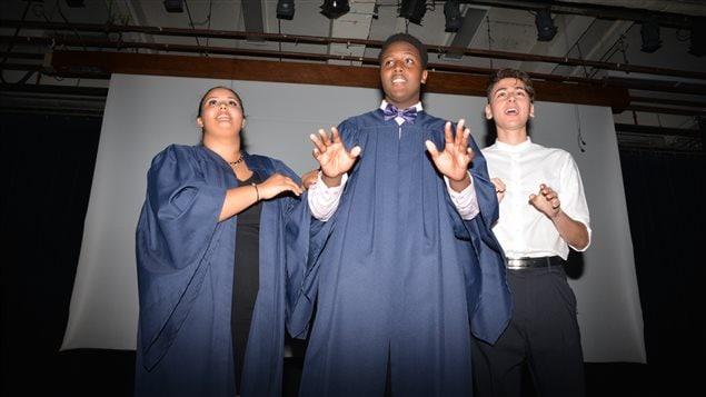 Des jeunes de l'école secondaire Père-Marquette
