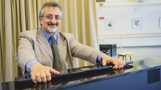 Enzo De Roza, pianiste