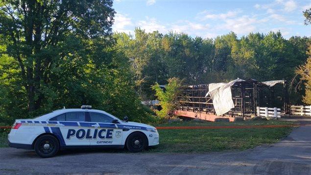 Une enquête est en cours à la suite de l'incendie qui a détruit le pont Brabant-Philippe à Gatineau.