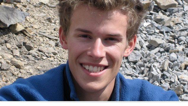 Michael John Denton, l'une des trois victimes canadiennes, vu ici sur une photo publiée par la compagnie aérienne Kenn Borek Air, dans une page web à sa mémoire. © borekair.com