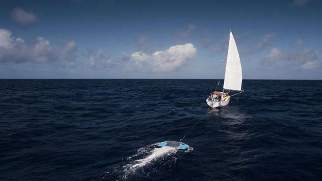 Le Ocean Clean up, voilier dans lequel Wayana Carrier-Doneys est mont�e � bord pour un projet qui vise �  �liminer les vortex de plastique en r�cup�rant tous les plastiques qui s'accumulent dans l'oc�an.