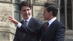 Le premier ministre Trudeau a accueilli le pr�sident mexicain Pena Nieto sur la colline du Parlement � Ottawa