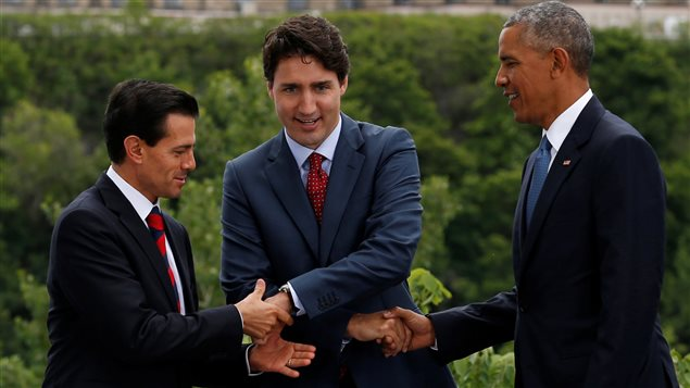 Les « Tres Amigos » réunis à Ottawa pour le Sommet des leaders nord-américains. (De gauche à droite Enrique Pena Nieto, Justin Trudeau et Barack Obama)