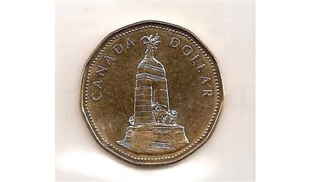 An example of a special edition minting of the 'loonie'. The 1994 release for Remembrance Day shows the National War Memorial in the Canadian capital, Ottawa