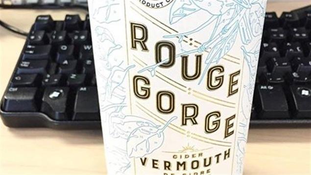 Un nouveau vermouth de cidre québécois; Le Rouge Gorge.