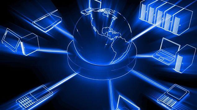 Il existe plusieurs technologies pour rester en contact avec son entourage.