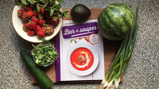 Le livre «Bar à soupes» de Sara Lewis.