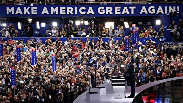 F�tes, manifestations et divisions internes marquent la convention r�publicaine � Cleveland, en Ohio.