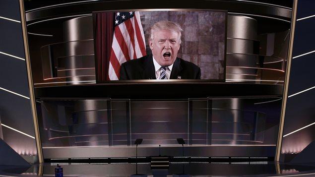À la télévision canadienne dans quelques années, tout un programme en perspective :  un monde où Donald Trump est le Président suprême des États-Unis.