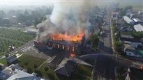 L'église d'une paroisse francophone de l'Est ontarien part en fumée