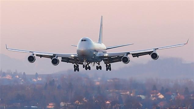 Selon Boeing, la C Series constitue une menace imminente à la vente de ses avions et fait en sorte que les autorités américaines devraient mettre un terme à leur enquête.