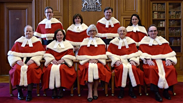 Les juges de la Cour suprême du Canada, en 2015