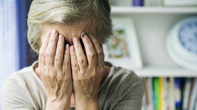 Les organismes de défense des droits des aînés dénoncent le fait que le gouvernement du Québec veuille acquérir 300 millions de dollars sur le dos des aînés