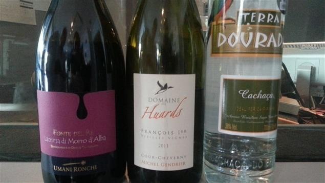 Des bouteilles de vins  et un spiritueux