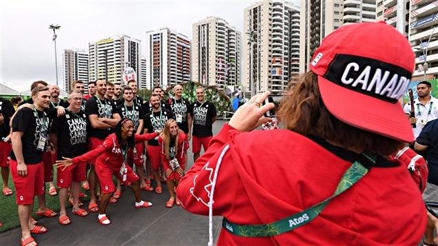 Arrivée et accueil des athlètes canadiens au Village olympique de Rio