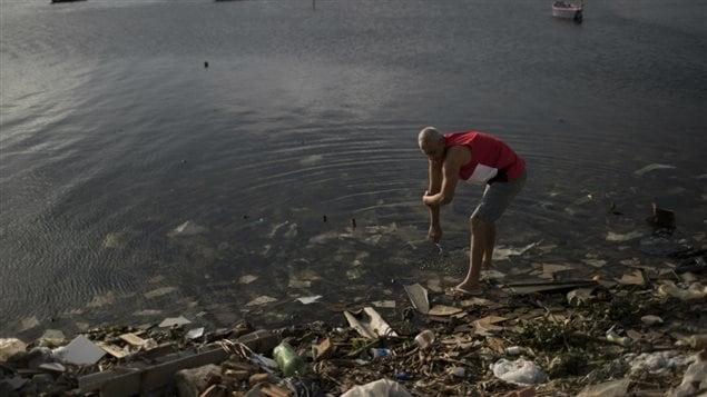 69 % des Canadiens expriment des préoccupations sur la qualité de l'eau pour les événements en eau libre.