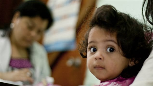 Los niños constituyen la mitad de la población en Honduras.
