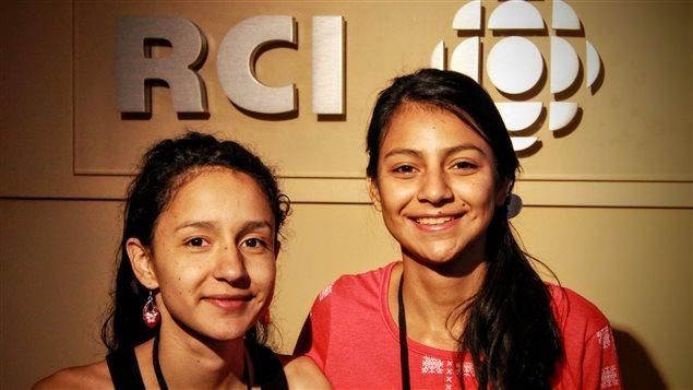 De izquierda a derecha, Bertha Isabel y Laura Zuniga Cáceres, hijas de la activista hondureña asesinada el 3 de marzo último.