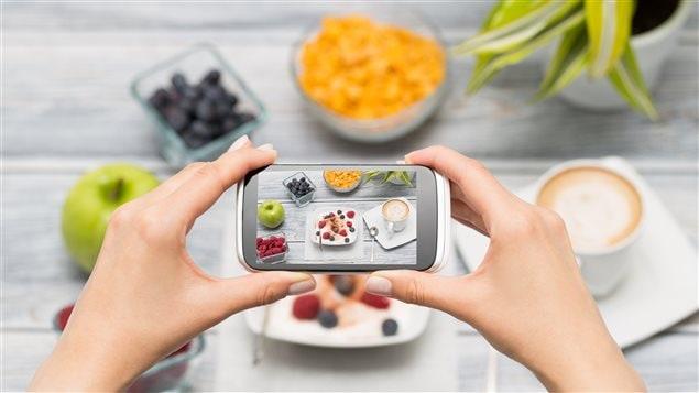 Les photos de nourriture sur Instagram seraient faites dans le même état d'esprit que les natures mortes de la Renaissance, selon une étude.