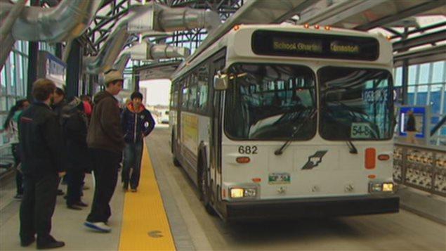Un autobus du transport en commun de la ville de Winnipeg