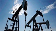 Des puits de forage de pétrole
