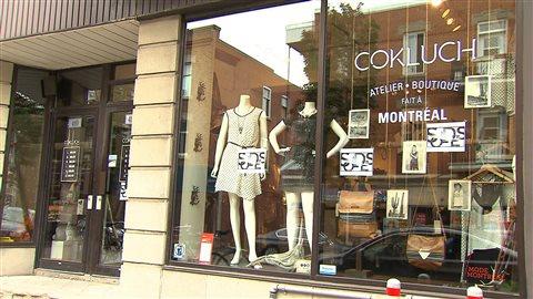 La boutique de vêtements à Montréal, Cokluch, qui est tenue par la designer Christine Guérin. Réunie au sein de Mmode, la nouvelle grappe montréalaise de la mode regroupe créateurs, manufacturiers, grossistes et détaillants pour augmenter sa force de frappe localement et sur les marchés internationaux.