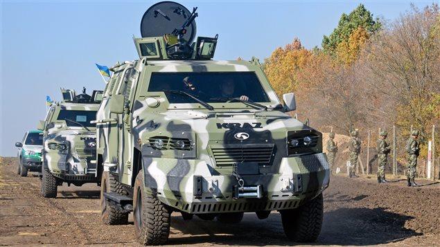 Des blindés de type Cougar, ceux-là utilisés par les services frontaliers ukrainiens