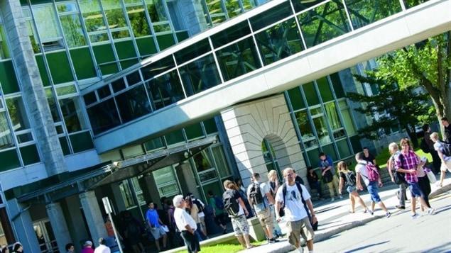 طلاب في معهد غارنو في كيبك