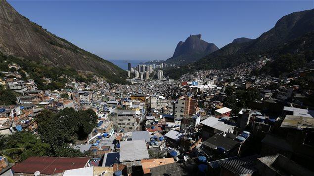 Vue g�n�rale de la favela Rocinha � Rio de Janeiro, au Br�sil, 2016