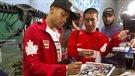 Andre De Grasse et d'autres athlètes olympiques rentrent au pays