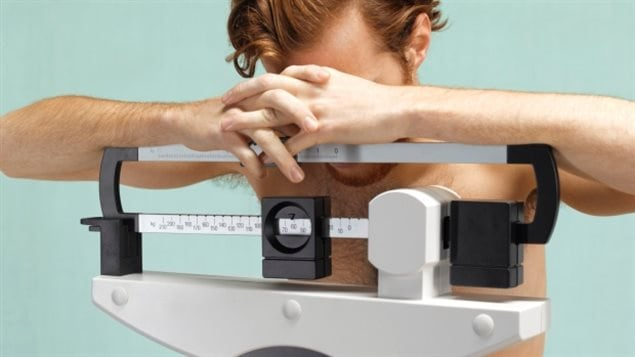 Teens can develop eating disorders and a new report suggests how doctors can help avoid that.