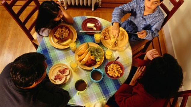 Family meals should be encouraged by doctors, says the report.