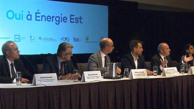 Conférence de presse d'une coalition d'acteurs patronaux et syndicaux qui appuient le projet d'Énergie Est